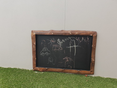 Log framed blackboard