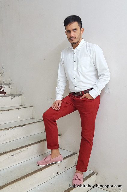 halfwhiteboy - colored pants and pink shoes 04