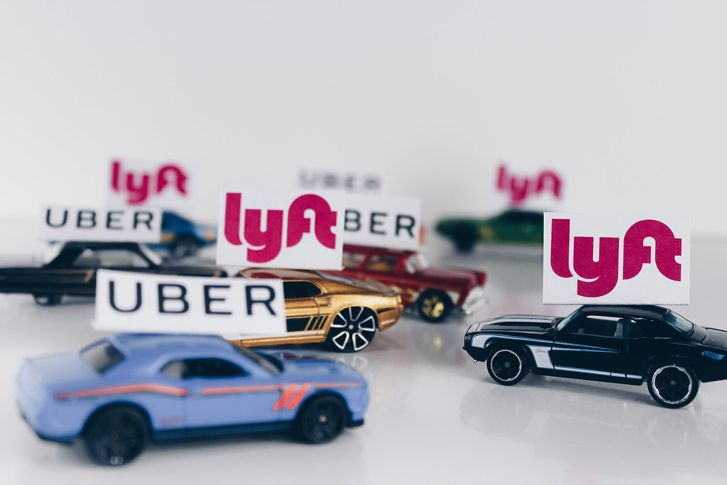 ride sharing uber lyft