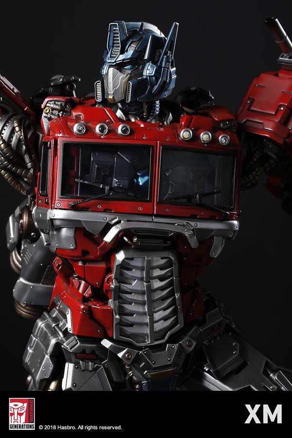 兼具震撼尺寸和精密機械結構!! XM Studios Premium Collectibles 系列【柯博文】Optimus Prime 1/10 比例全身雕像作品