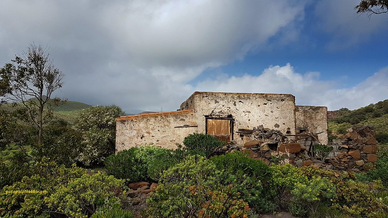 10b Casas del Lomo