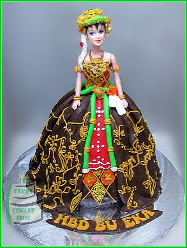 Cake Boneka Jawa BU EKA 15 cm