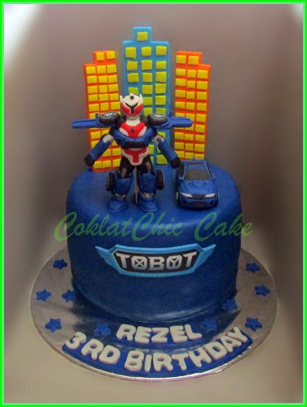 Cake Tobot REZEL 18 cm