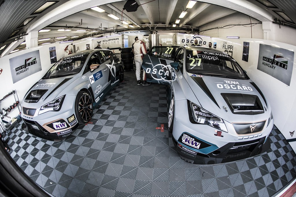 FILIPPI John (FRA), Team Oscaro by Campos Racing, Cupra TCR, portrait ORIOLA Pepe (ESP), Team Oscaro by Campos Racing, Cupra TCR, garage box during the 2018 FIA WTCR World Touring Car cup, Race of Hungary at hungaroring, Budapest from april 27 to 29 - Photo Gregory Lenormand / DPPI