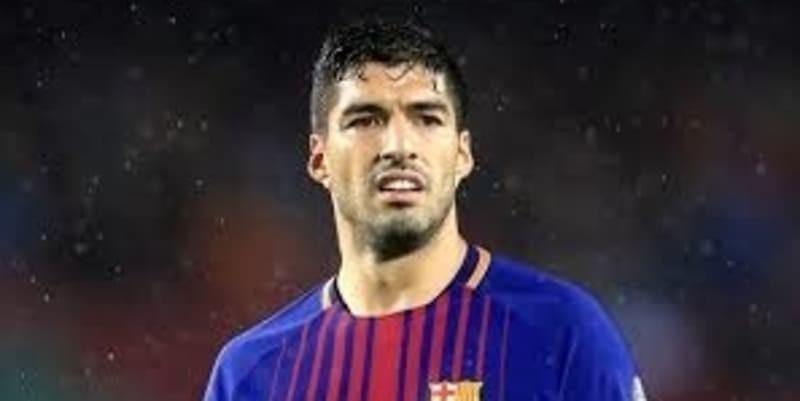 https://cafegoal.com/berita-bola-akurat/barcelona-rela-jual-luis-suarez-untuk-dapatkan-antoine-griezmann/
