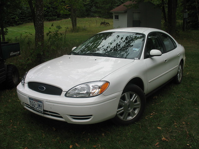 2005 Ford Taurus at Wasafarm