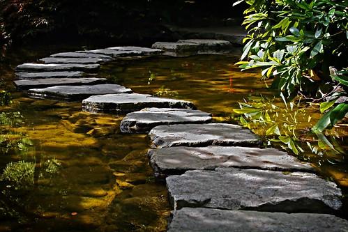 canada stone canon garden bravo path britishcolumbia quality butchartgardens japanesegardens butchart interestingness2 magicdonkey wisdoc gtaggroup abigfave specobject