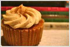 Cupcakes with a reading list