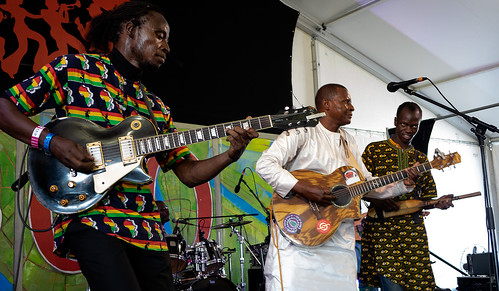 Sidi Toure of Mali on Day 1 of Jazz Fest - 4.27.18. Photo by Charlie Steiner.