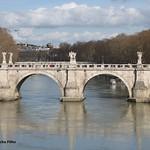 Ponte Sant'Angelo - https://www.flickr.com/people/34713729@N00/