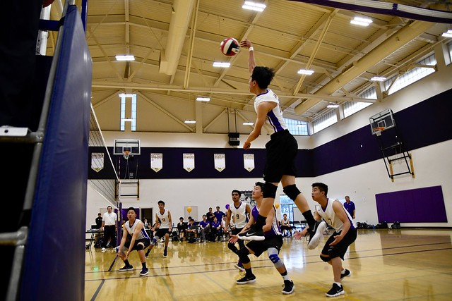 Boys volleyball: MVHS vs Saratoga HS