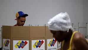 Pesquisas mostram que mais de 60% dos eleitores venezuelanos têm intenção de votar