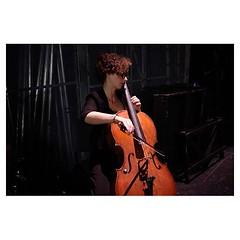 Zoé, Bari . #xpro2 #fujixpro2 #fujifeed #fujifilm #fujilove #myfujilove #fujifilm_xseries #fujifilmusa #fujifilmnordic #fujifilmme #fujifilm_uk #twitter #geoffroyschied #35mmofmusic #bari #italy #backstage #cello #warmup #stage #instrument #portrait #musi