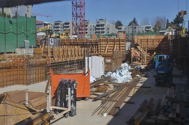 Roosevelt station construction, April 2018