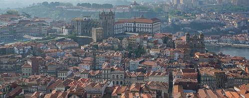 2018-05-07 (09) @Torre dos Clérigos ---}Centro Histórico do Porto.jpg