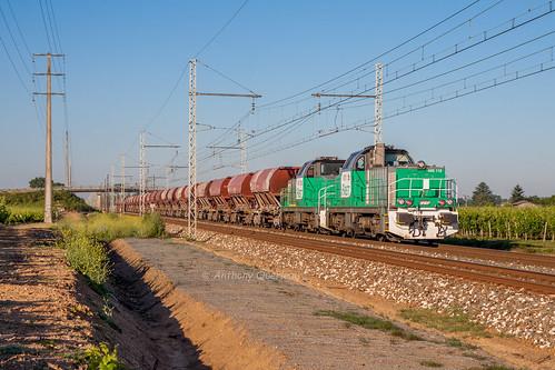 01 juillet 2013  BB 60118  Train 74482 Bordeaux-Hourcade -> Thiviers Lalande-de-Pomerol (33)