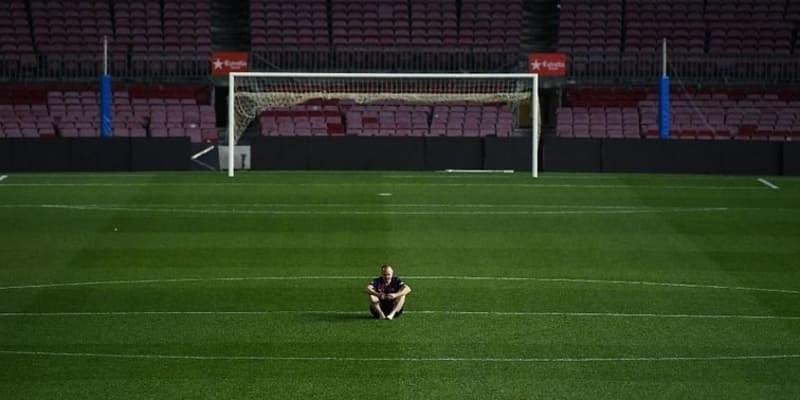 Kesedihan Iniesta Saat Pamit Meninggalkan Barcelona