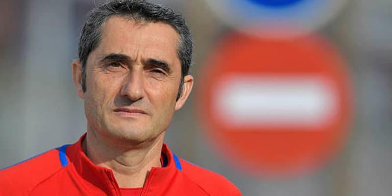 http://cafegoal.com/berita-bola-akurat/ousmane-dembele-masih-di-kasih-waktu-oleh-barcelona-untuk-menemukan-jati-dirinya/