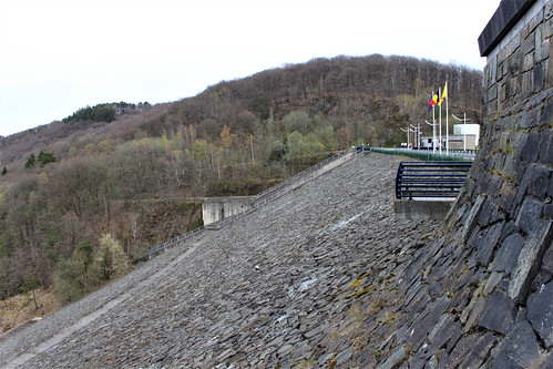 side view of dam
