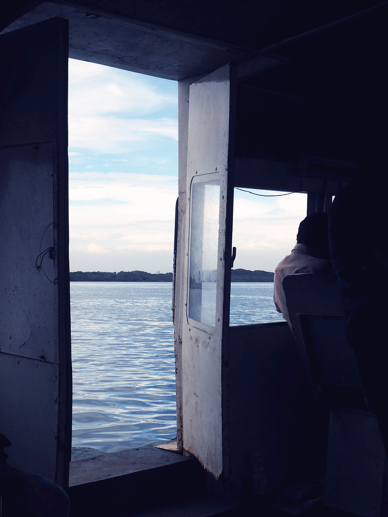 Indian Ferry Door Open Sea Backwaters Cochin Kochi_effected