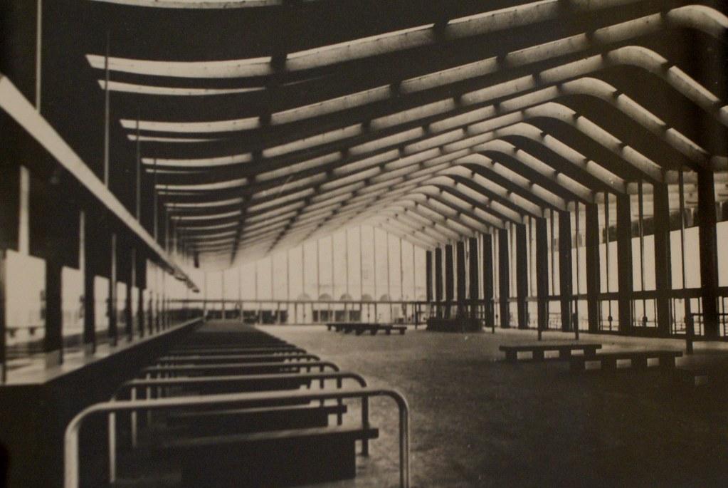 Intérieur de la gare centrale de Rome Termini à Rome. Photo de Musée d'art contemporain Maxxi à Rome.