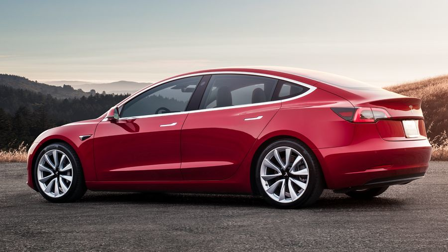Tesla Model 3 fabricki fotografii 4