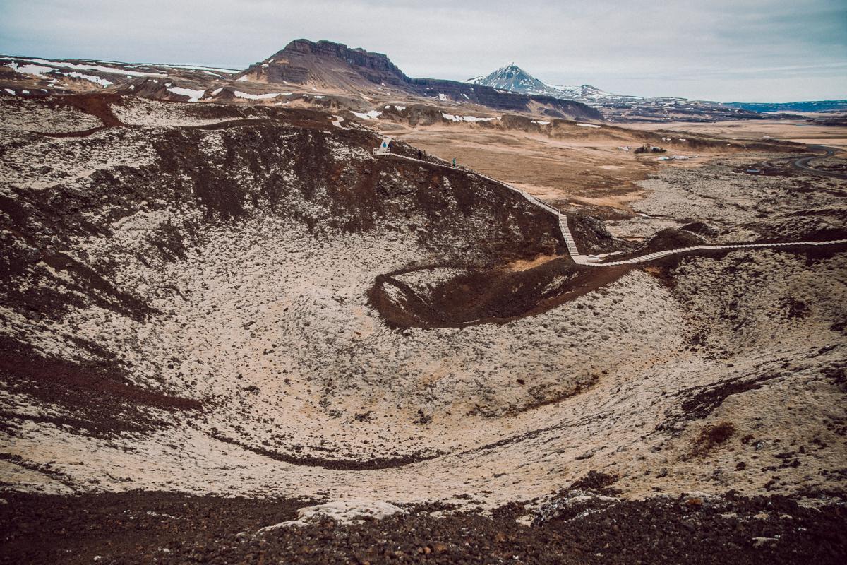 Grabrok crater islanti-8