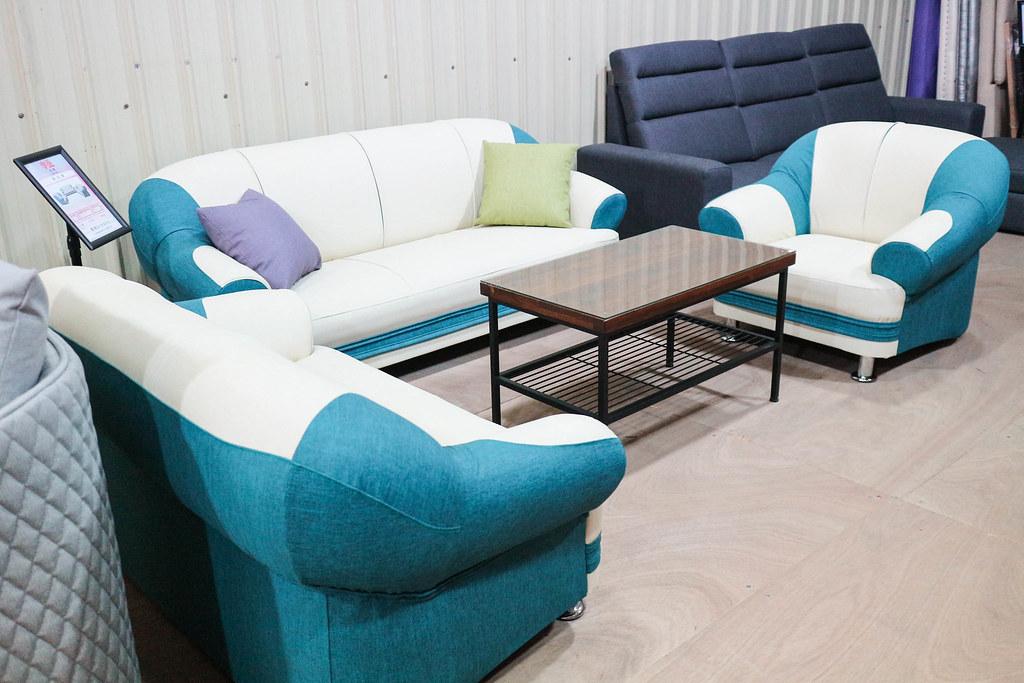 享坐沙發 (108)