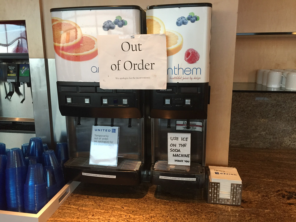 Food options at United SFO Business Class Lounge