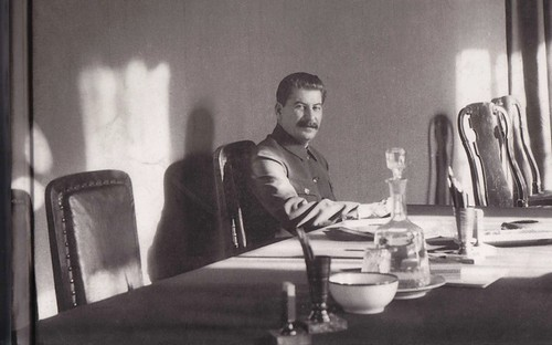Stalin fotografiado por James Abbé