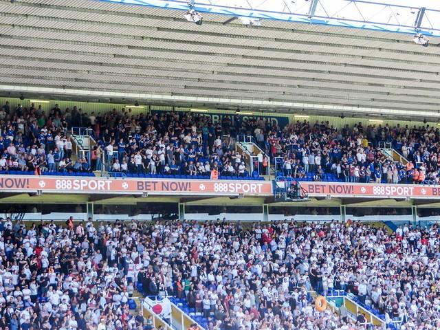Full stadium for Fulham game