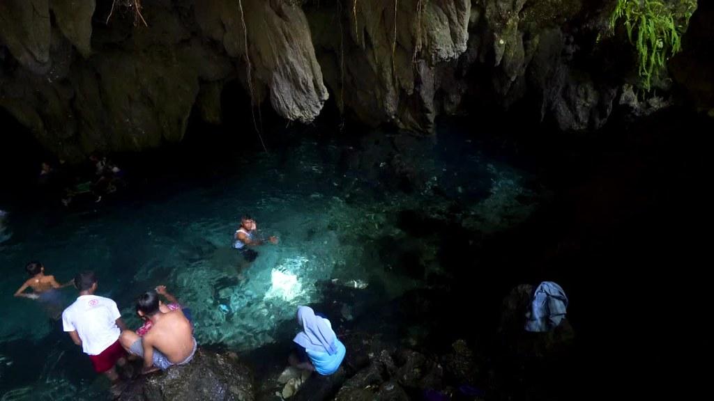 Hwang/Hawang Cave, Kei Kecil, Maluku