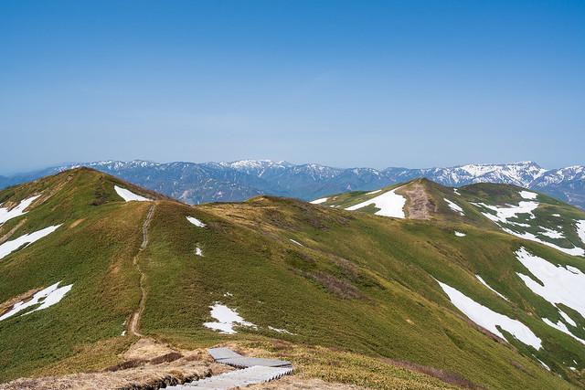 平標山へ連なる稜線@仙ノ倉山
