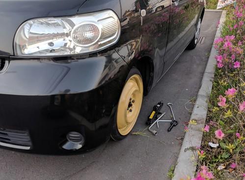 スペアタイヤの修理