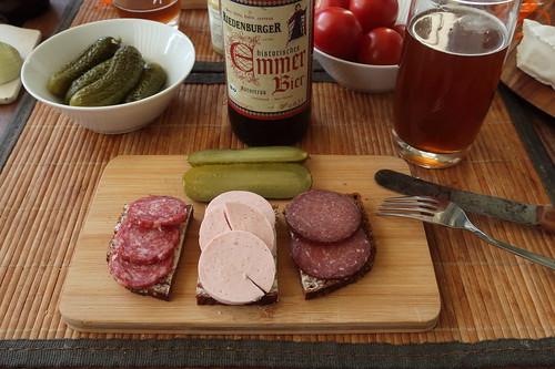 Stracke, Fleischwurst und Rindersalami auf Vollkornbrot