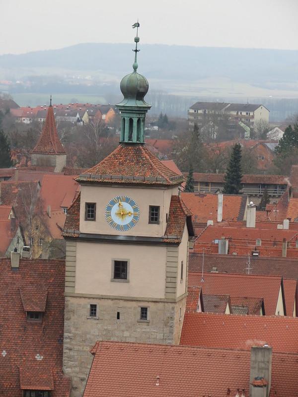 Aussicht von Rathausturm auf WeißerTurmIMG_8052