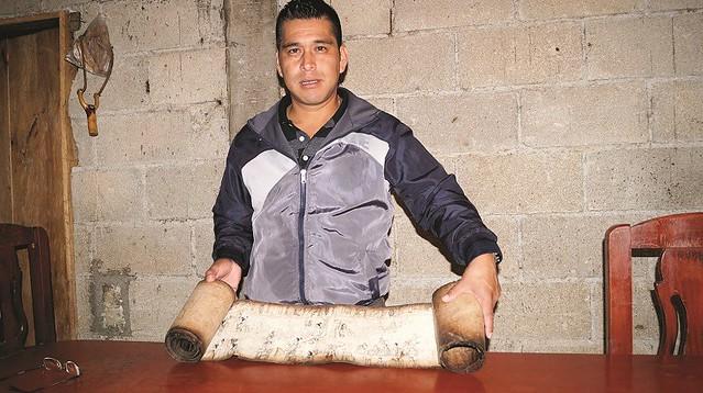 Gustavo gonzález presidente de Cuaxicala 1