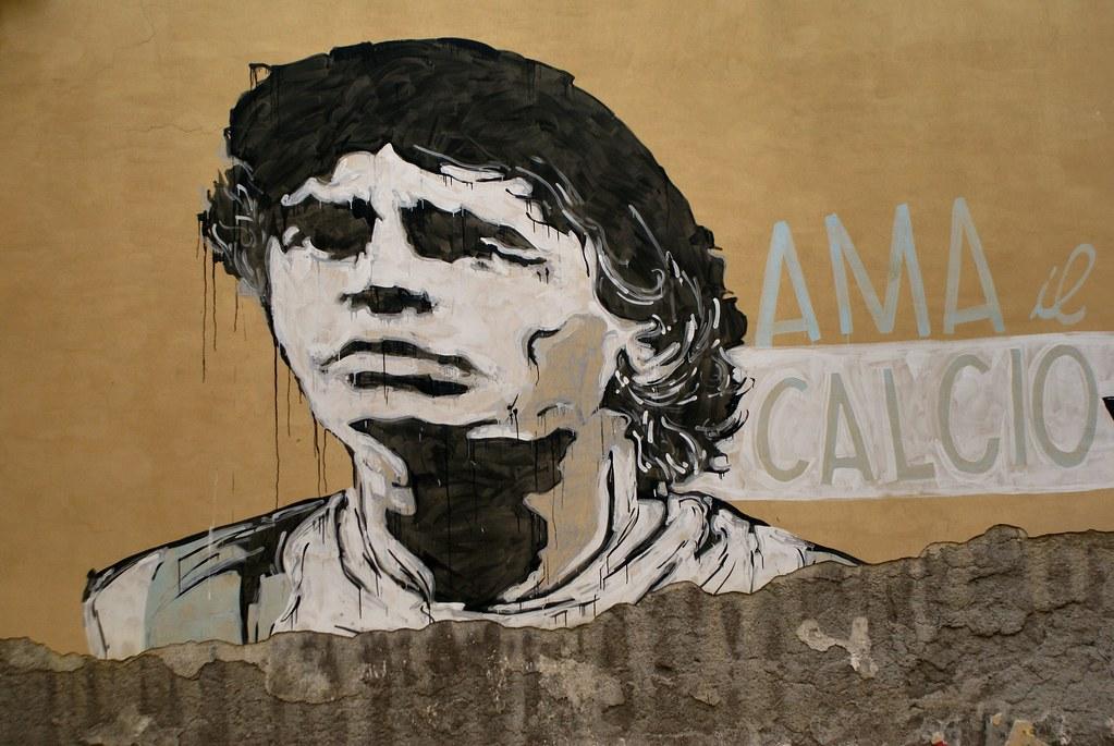 Et puis Maradona, parce qu'on est à Naples et que l'Argentin est partout.