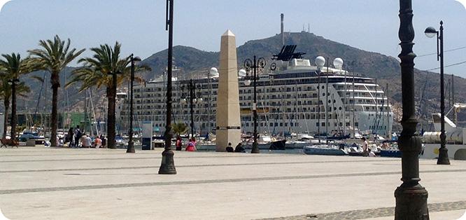 El 'barco de los millonarios' regresa mañana a Cartagena