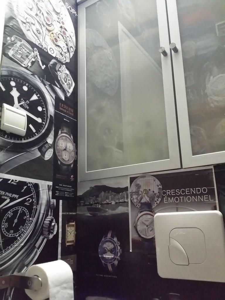 Watch Your Time : supplément horlogerie du journal Le Monde - Page 2 41862578331_038cb36128_b