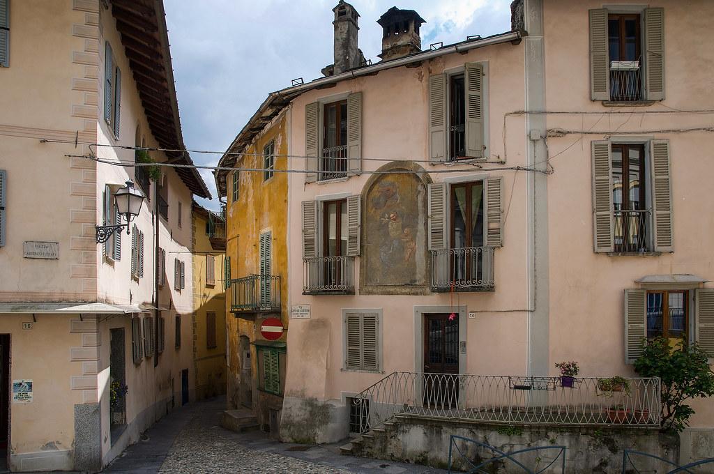 Scorci di Varallo