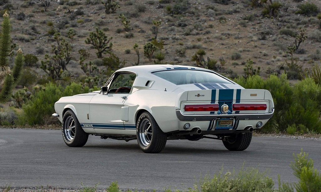 1967-Ford-Shelby-GT500-Super-Snake-2