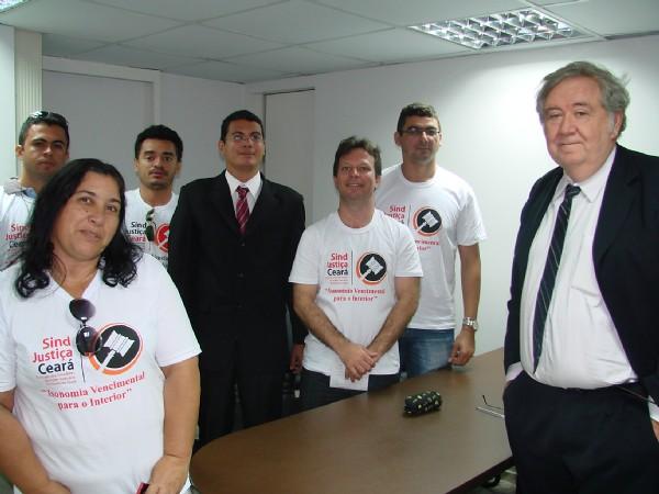 Comissão visita deputados estaduais - 25/04/2011