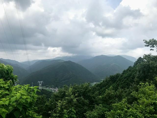 大茂山 77番鉄塔から魚金山・西台山