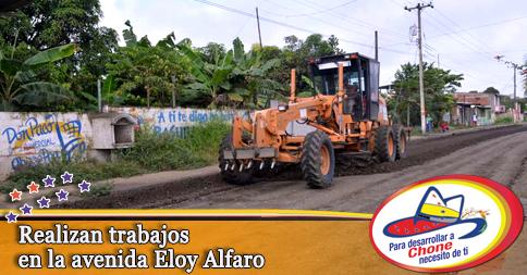 Realizan trabajos en la avenida Eloy Alfaro