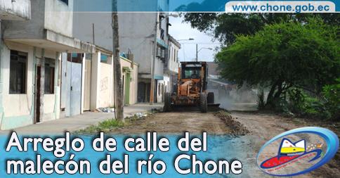 Arreglo de calle del malecón del río Chone