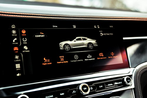 Bentley Continental GT (圖13)- 全新12.3吋大型觸控螢幕