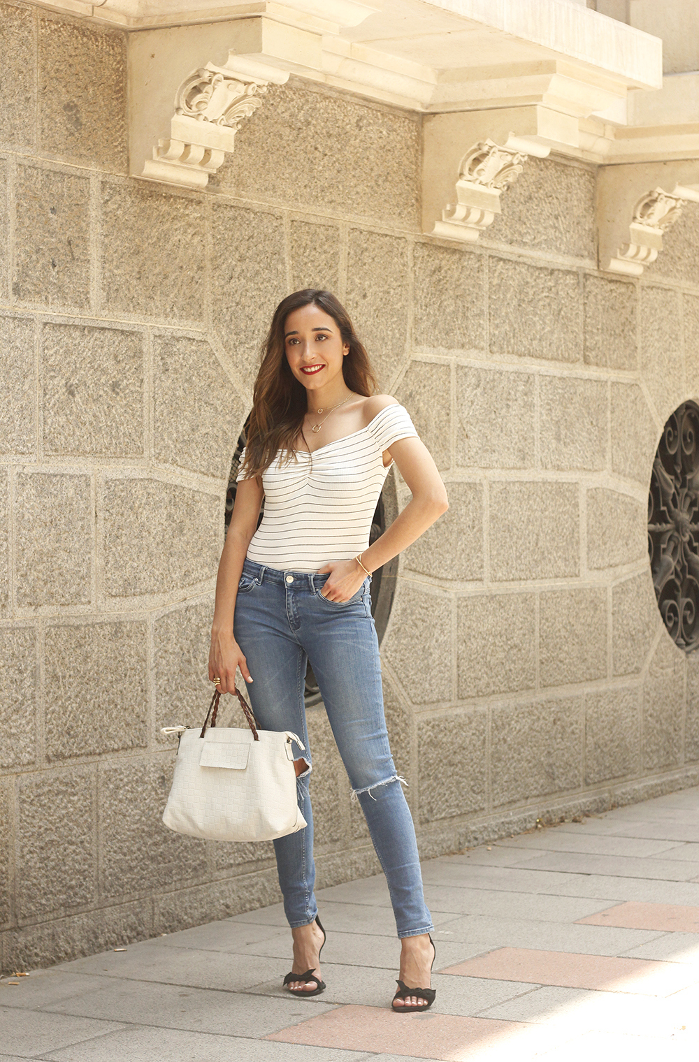 striped body ripped jeans casual outfit black sandals street style summer 201802