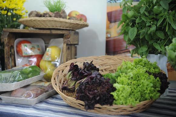 A maioria de produtos orgânicos são adquiridos em supermercados; possível proibição gerou polêmica - Créditos: Foto: Fernando Frazão/Arquivo/Agência Brasil