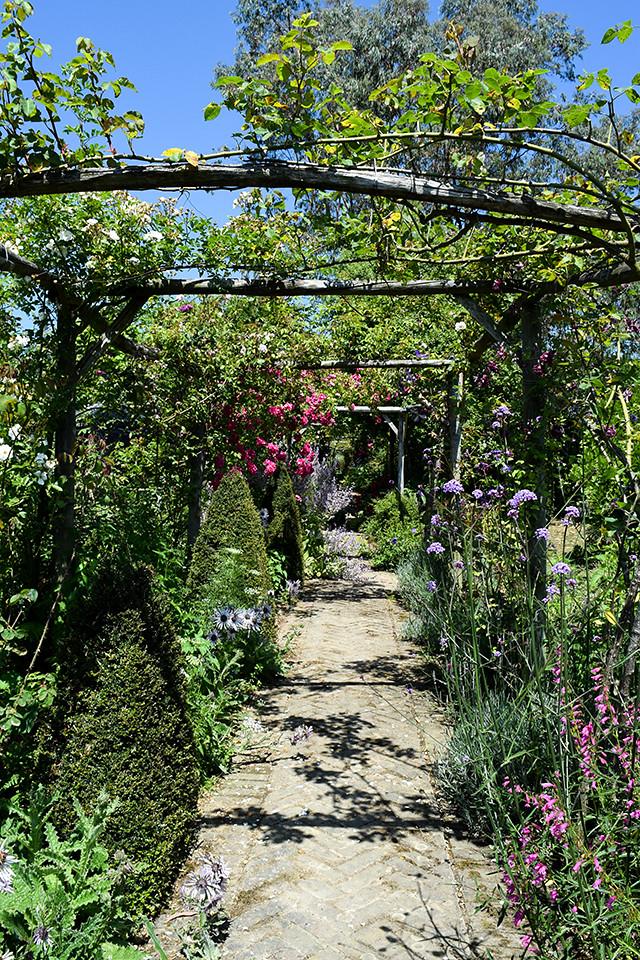 Garden Walkway at Wealden Literary Festival 2018